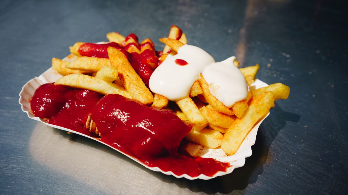 comer currywurst